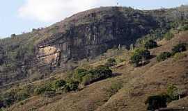 Ferros - Ferros-MG-Vista do Pedrão-Foto:ROTIZEN LAGE REGGIANI
