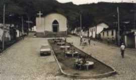 Fervedouro - Igreja Santa Bárbara antiga, Por Laudemar Martins Fonnseca