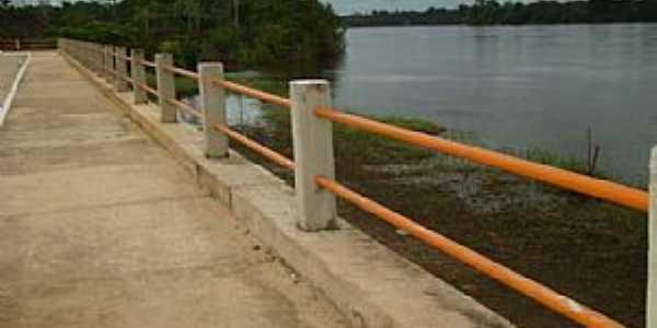 Porto Grande-AP-Orla do Rio Araguari-Foto:By Nenejo