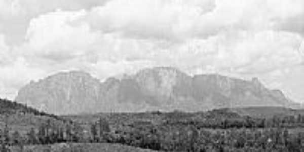 Vista Serra da Caraça-Foto:Geocrepalde