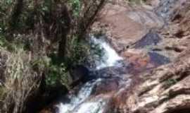 Glaura - Parque Uaimii - 15km de Glaura, Por Beth Filizzola