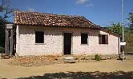 Goianá - Casa de colonos da Fazenda-Foto:W Dalle Tezze [Panoramio]