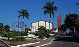 Goianá - Praça e Igreja-Foto:Jorge A. Ferreira Jr… [Panoramio]