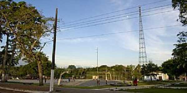 São Joaquim do Pacuí-AP-Praça de Esportes-Foto:www.vagalume.org.br