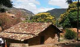 Grão Mogol - Grão Mogol-MG-Casa típica,construção de pedra-Foto:Josue Marinho