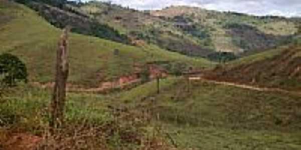 Vista da estrada-Foto:JOAOBOZO10 [Panoramio]
