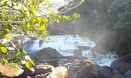 Guanhães - Cachoeira da Fumaça