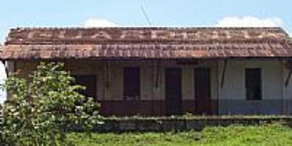 Antiga estação ferroviária-Foto:jose luiz ramos faul… [Panoramio]