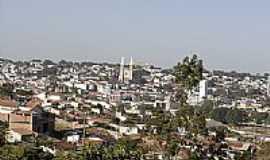 Guaxupé - Vista da cidade-Foto:Leonardo Pinelli [Panoramio]
