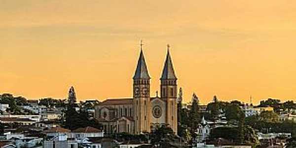 Guaxupé - MG Região Sudoeste de Minas  Fotografia de Marcelo de Podestá