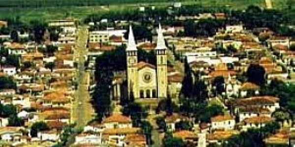 Guaxupé-MG-Vista do centro-Foto:www.espacoturismo.com