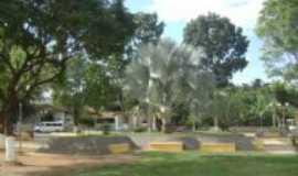 Guidoval - Palmeira Azul na Pra�a Santo Antonio, Por Pousada e Restaurante do Marquinhos