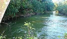 Guimarânia - Rio Espírito Santo-Foto:tarciso [Panoramio]