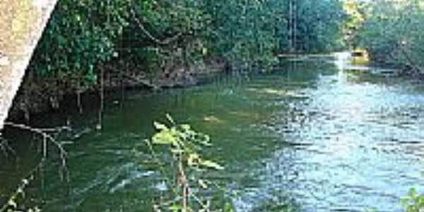 Rio Espírito Santo-Foto:tarciso [Panoramio]