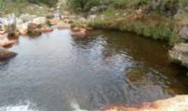Guinda - cachoeira , Por Antonieta Sandra