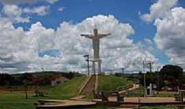 Gurinhatã - Cristo Redentor-Foto:Elias José Maartins [Panoramio]