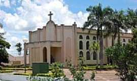 Gurinhatã - Igreja Matriz de São Jerônimo-Foto:Elias José Maartins [Panoramio]