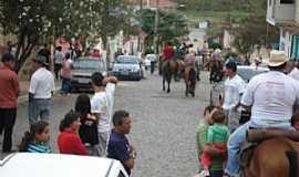 Heliodora - Festa de Nossa Senhora Aparecida/Desfile de Carros de Boi