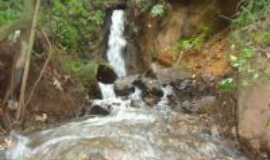 Serra do Navio - cachoeira do verão(na estrada da colonia e serra), Por wirley almeida santos