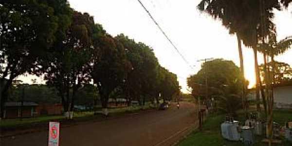 Serra do Navio-AP-Avenida principal-Foto:Wirley Almeida