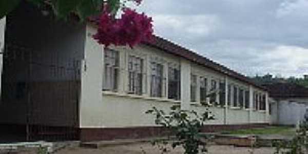Iapu-MG-Grupo Escolar-Foto:asminasgerais.com.br