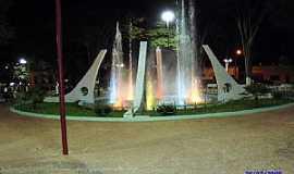 Ibiraci - Ibiraci-MG-Fonte na Praça Central-Foto:EUS