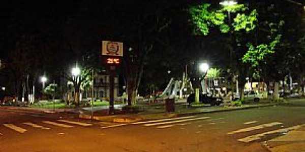 Ibiraci-MG-Praça Raul Soares-Foto:EUS