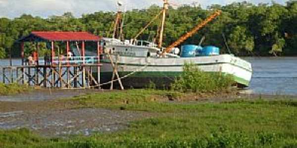 Sucurijú-AP-Barco da Marinha do Brasil-Foto:FELISBERTO