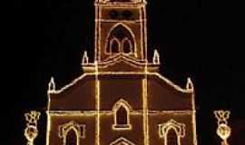 Igarapé - Igreja Matriz no Natal em Igarapé-MG-Foto:igarapemg.