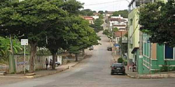 Iguatama-MG-Ruas da cidade-Foto:iguatamaempolitica.