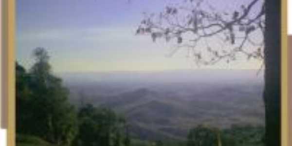 Vista da Subida para o Cruzeiro- S�o Candido, Por Ine�za Moraes