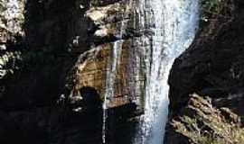 Ipoema - Ipoema-MG-Cachoeira do Meio-Topo da Cachoeira Alta-Foto:Carmoro