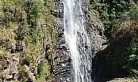 Ipoema -  Ipoema-MG-Queda da Cachoeira Alta-Foto:Carmoro
