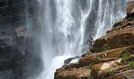 Ipoema - Ipoema-MG-Rapel na Cachoeira Alta-Foto:Jose Gustavo Abreu Murta