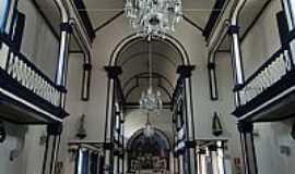Itabira - Interior da Igreja Matriz N.Sra.da Saúde em Itabira-MG-Foto:Roberta Soriano