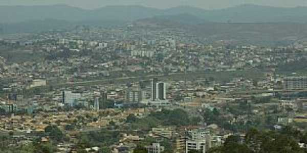 Itabira-MG-Vista da cidade-Foto:renato weil