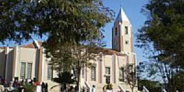 Vista lateral do Santuário de Bom Jesus dos Aflitos-Foto:Antº. Carias Frascol…