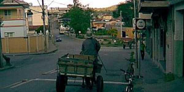 Itaguara-MG-Meio de transporte ainda em uso na cidade-Foto:DouGlas AnGu