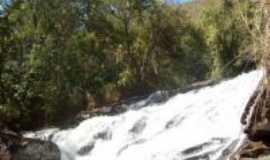 Itajub� - Cachoeira Ninho da �guia, Por Tonebide Maciel Silv�rio