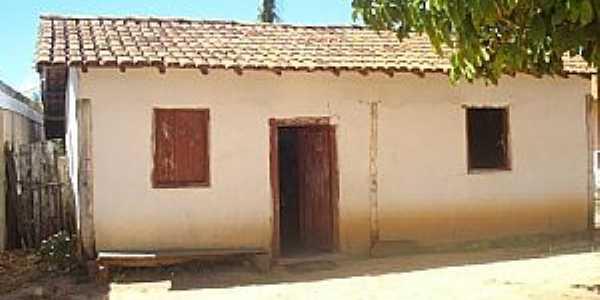 Abadia-BA-Casa no Povoado de Bonsucesso-Foto:Léo/MPB/GSVB