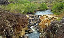Itambé do Mato Dentro - Itambé do Mato Dentro-MG-Cachoeira da Serenata-Foto:chicotrekking.com.br