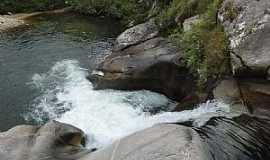 Itamonte - Itamonte-MA-Cachoeira da Pedra-Foto:Gustavo Correa