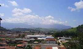 Itanhandu - Vista de Itanhandu a partir do Bairro das Indústrias  Por JBRMONTEIRO