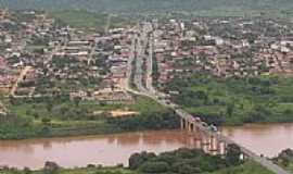 Itaobim - Ponte Rio Jequitinhonha e a cidade-Foto:PEDRO PAULO