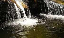 Itapanhoacanga - Itapanhoacanga-MG-Cachoeira do Rio Campinas-Foto:Flavioamorim77