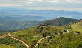 Itapanhoacanga - Itapanhoacanga-MG-Estradas de acesso-Foto:Leandro Durães