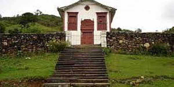Itapanhoacanga-MG-Igreja do Rosário-Foto:www.weatheravenue.com