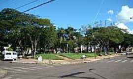 Itaú de Minas - Praça por Alexandre Bonacini