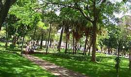 Itaúna - Itaúna-MG-Praça central-Foto:André Saliya - Ritápolis