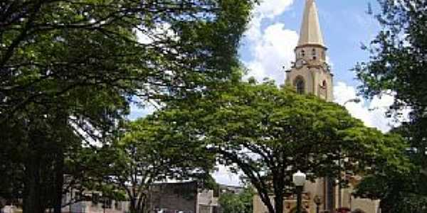 Itaúna-MG-Praça da Matriz-Foto:André Saliya - Ritápolis